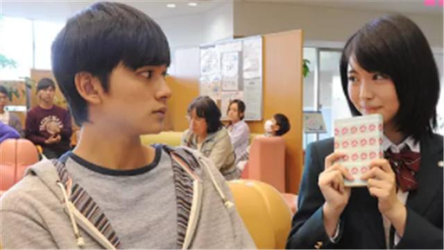 【念念手纪】曝中国版海报 《前任》导演力荐年度最虐影片