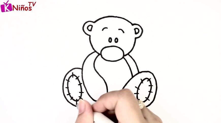儿童彩绘:棕色的爱心小熊,脚掌是橙色的,创意美术