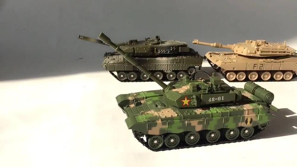 龙辉玩具T-99合金坦克模型装甲车声光版军事系列儿童玩具