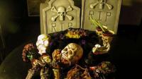 世界上最恐怖的餐厅,在棺材里吃饭,你敢去吃吗