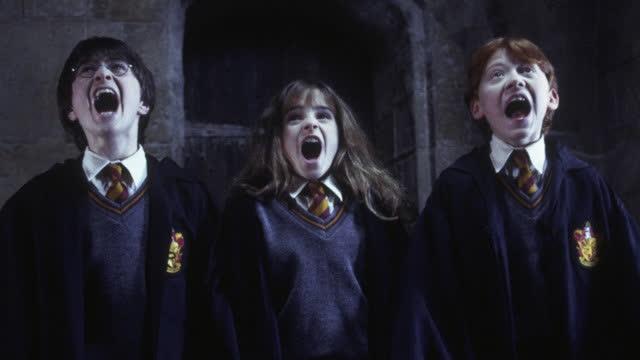 【哈利·波特与魔法石】魔法传世经典