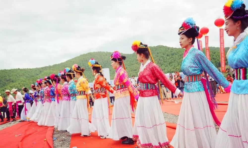 """中国未定名民族被称""""女儿国"""",族人坚守传统,更渴望外界生活"""