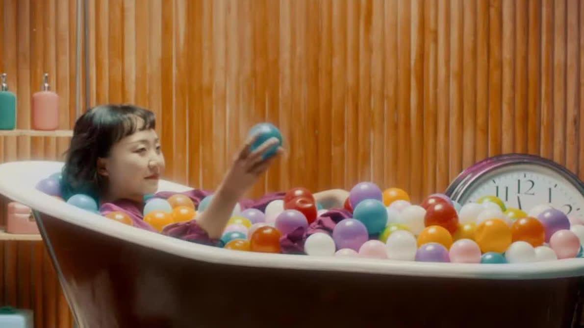 【沐浴之王】辣目洋子欢唱《洗澡恰恰》