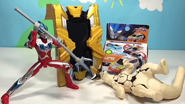 橙子乐园玩具和食玩 欧布奥特曼赛迦超级融合