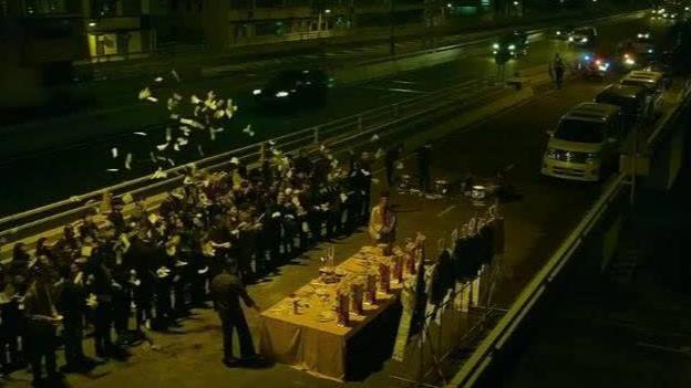 魔警:吴彦祖参加街边祭祀,搞得跟邪教似的