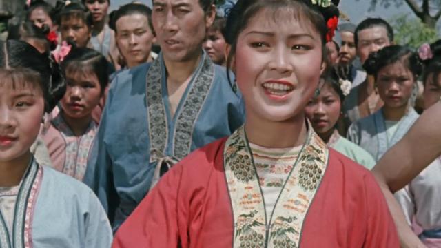 刘三姐对山歌,把莫财主气的掉下水,简直太精彩了