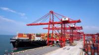 中国的码头怎么装卸货?