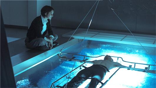 """【刺客信条】回到过去版预告  """"法鲨""""身世大揭秘酷炫动作很带感"""