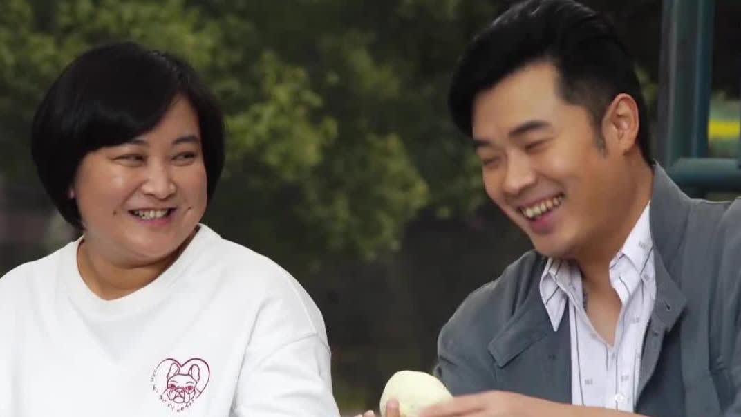 """【你好,李焕英】曝""""哈哈哈哈哈哈""""特辑 沈腾贾玲兄妹相爱相杀"""