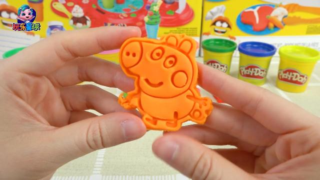 4个彩泥模具制作小猪佩奇动画角色的图案,猜猜都有谁