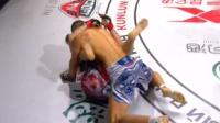 中国拳手在外国赛场扬威 肘击爆头 直接让对手退赛