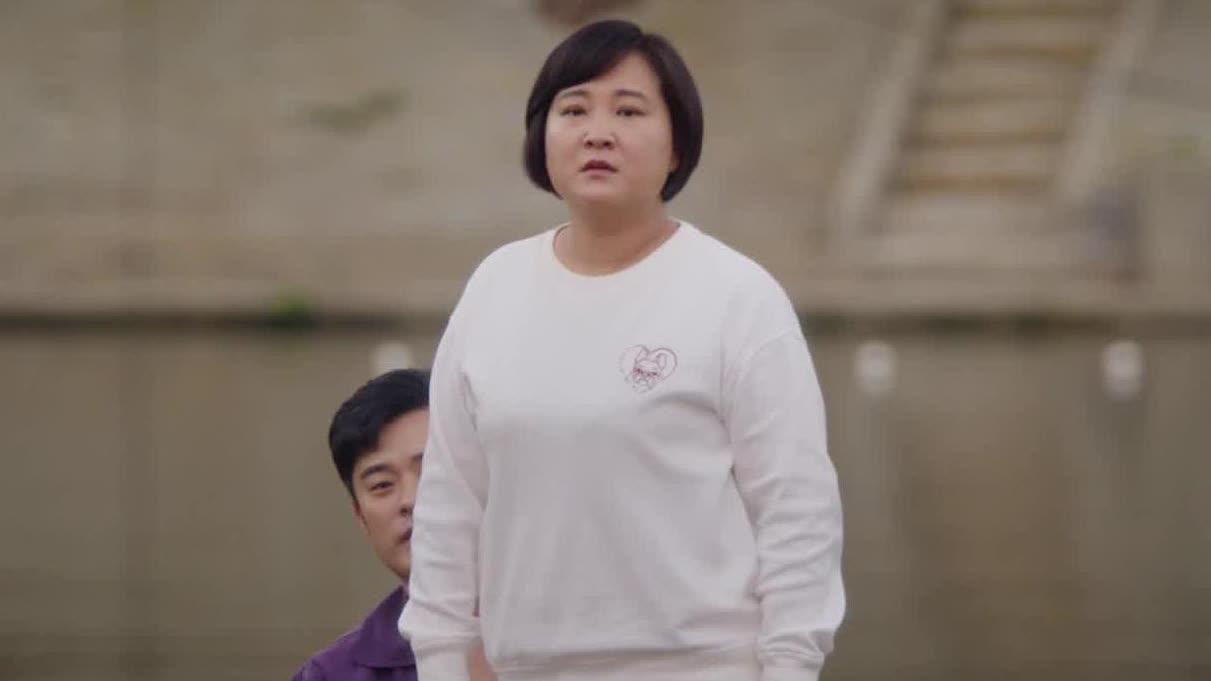 【你好,李焕英】片尾曲《依兰爱情故事》MV