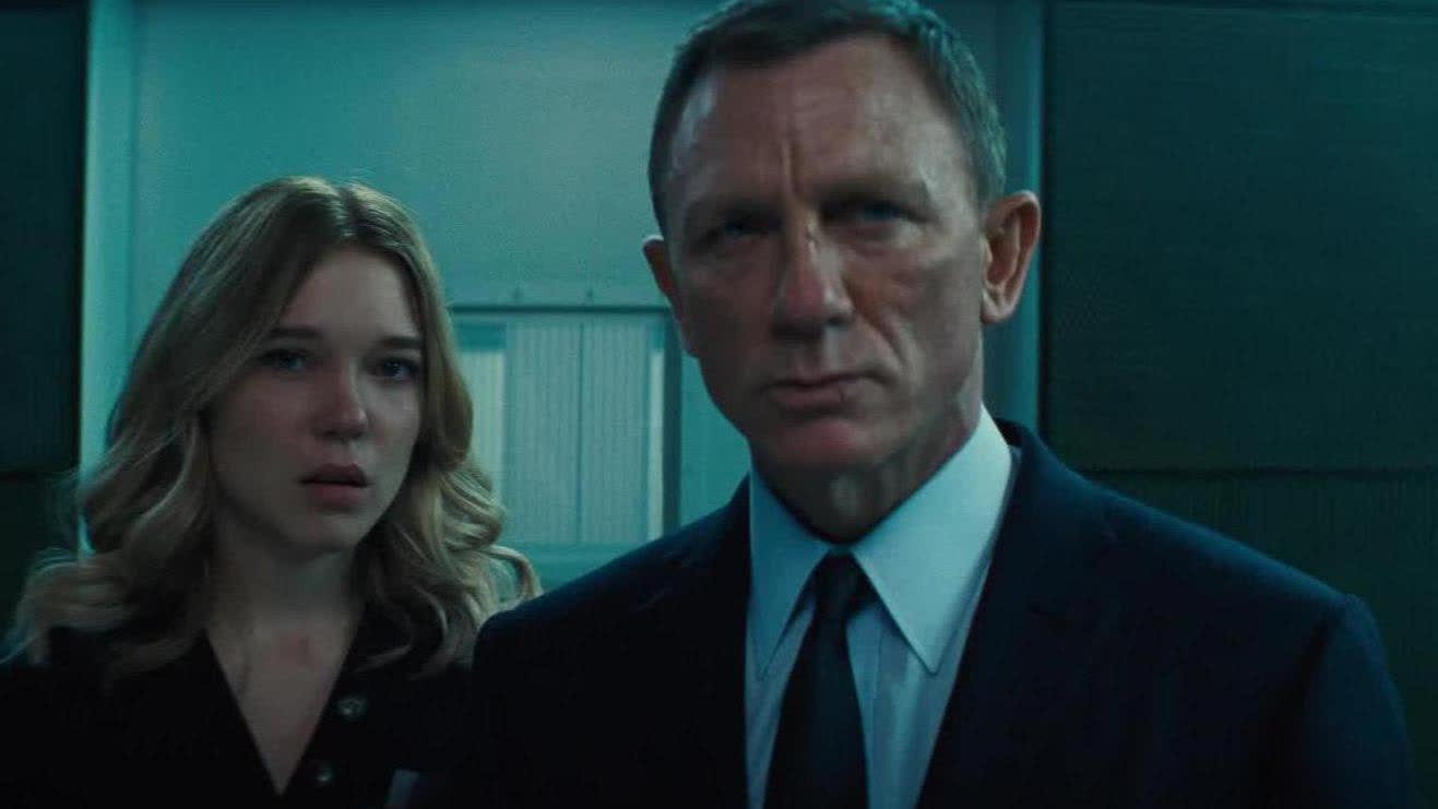 【007:无暇赴死】邦女郎慌乱失措 007深陷迷局